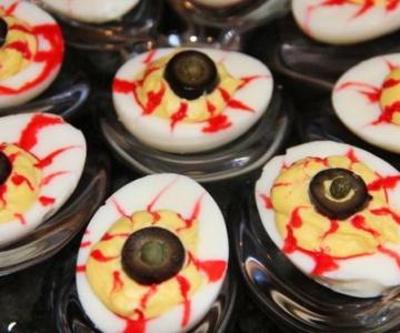 Ojos de huevo Halloween